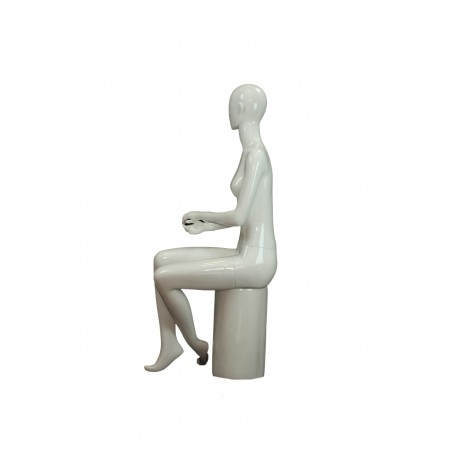 Maniquí de mujer fibra de vídrio sentada blanco brillo sin facciones